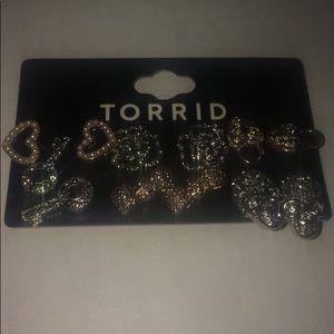 TORRID Earrings set